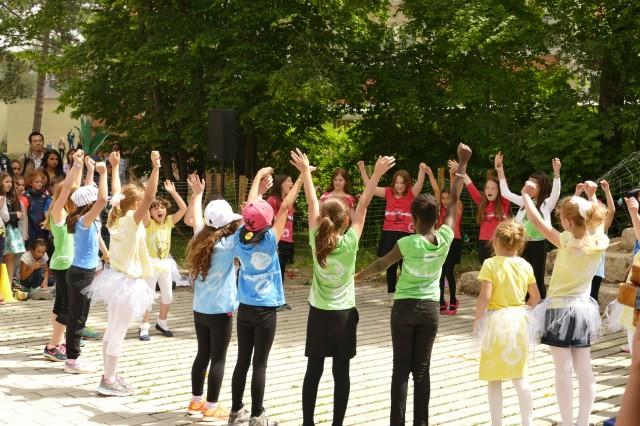 Schulfest 2015 – Viele, viele bunte…