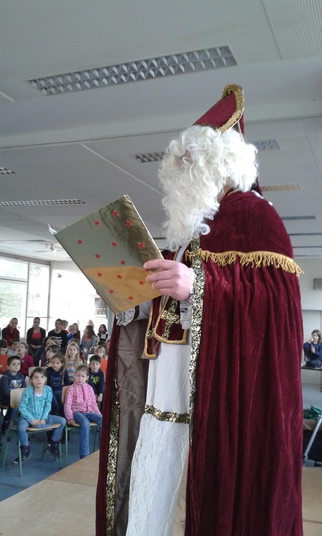 Nikolausfeier der Grundschule am 4.12.2015