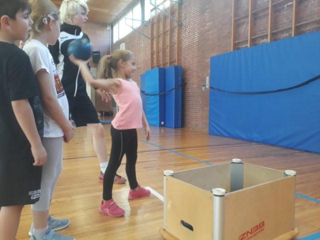 Handballtag Klasse 2 am 12.10.2018